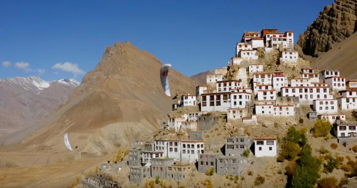 Parapente dans l'Himalaya